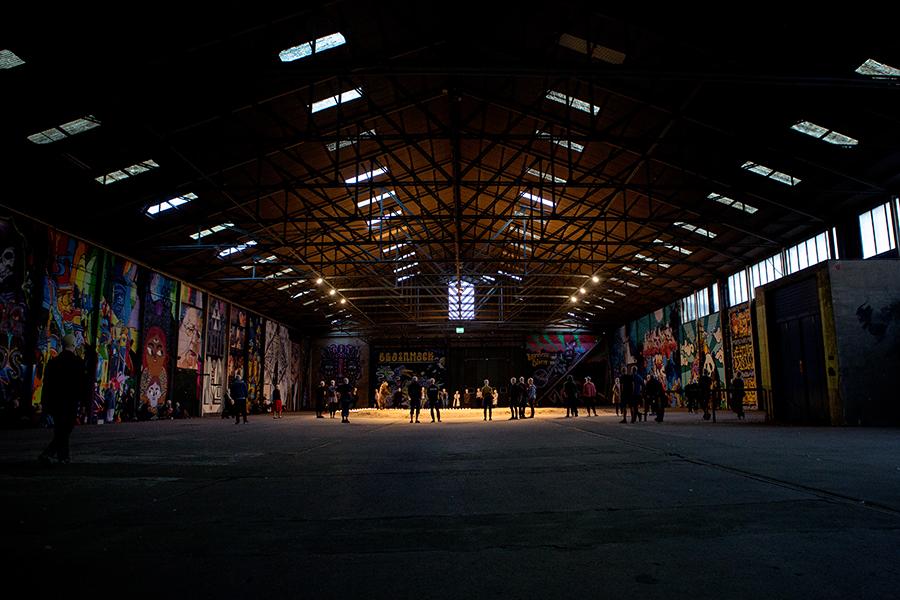 Sommarscen Malmö. Enskifteshagen, Ystadsgatan 53H, Island in the Sun med Lilith Performance studio. Foto: Sanna DolckBeställare: Marie Norrthon