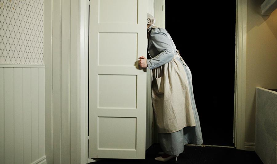 louise_kitchendoor